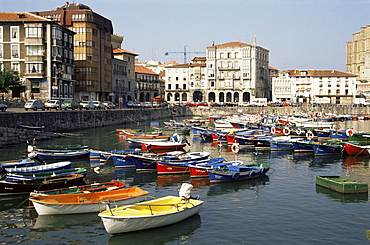 Harbour, Castro-Urdiales, Cantabria, Spain, Europe