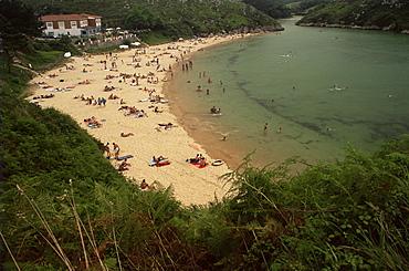 Playa de Poo, near Llanes, Costa Verde (Green Spain), Asturias, Spain, Europe
