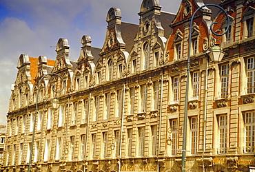 Flemish buildings from the 17th and 18th centuries, Places des Heros, Arras, Pas-de-Calais, France, Europe