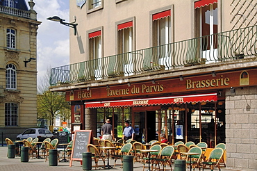 Open air pavement cafe, hotel and brasserie, Coutances, Cotentin Peninsula, Manche, Normandy, France, Europe