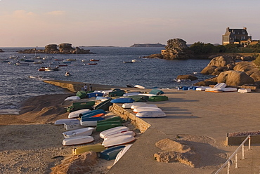 Boats and jetty, Tregastel, Cote de Granit Rose, Cotes d'Armor, Brittany, France, Europe