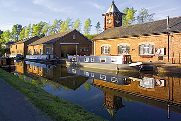 British Waterways workshops, the Grand Union Canal, Bulbourne, the Chilterns, Buckinghamshire, England, United Kingdom, Europe