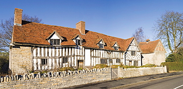 Mary Arden's House, the house of William Shakespeare's mother, Stratford-upon-Avon, Warwickshire, England, United Kingdom, Europe