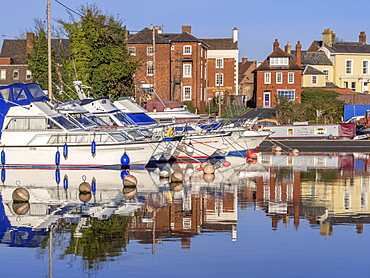Stourport canal basin, junction of the Staffordshire and Worcestershire Canal and River Severn, Worcestershire, England, United Kingdom, Europe