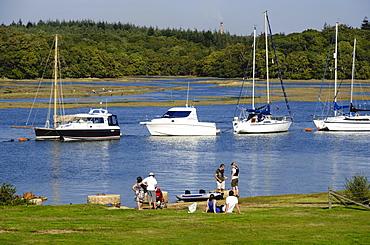 Sailing boats on the Beaulieu River, Bucklers Hard Maritime Village Theme Park, Hampshire, England, United Kingdom, Europe