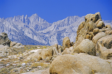 Distant granite peaks of Mount Whitney (4416m), Sierra Nevada, California, USA, North America