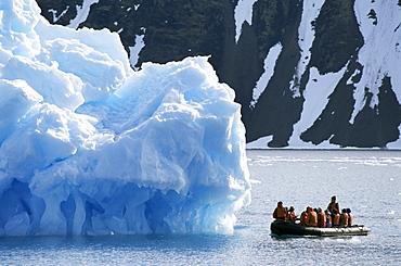 Zodiac from ice breaker tour ship, Krossfjorden icebergs, Spitsbergen, Svalbard, Arctic, Norway, Scandinavia, Europe