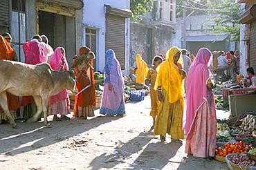 Typical coloured Rajasthani saris, Pushkar, Rajasthan, India, Asia