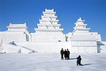 Ice sculptures in Taiyangdao Park, Ice Lantern Festival, Bingdeng Jie, Harbin city, Heilongjiang, China, Asia