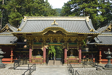 Rinnoji Taiyuin Temple, Nio-mon Gate, Nikko Temples, UNESCO World Heritage Site, central Honshu, Japan