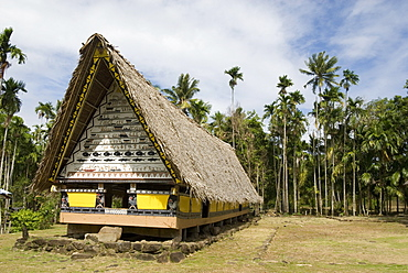 Airai Bai, sacred meeting house at heart of village, 200 years old, southern Babeldaob, Palau, Micronesia, Western Pacific Ocean, Pacific
