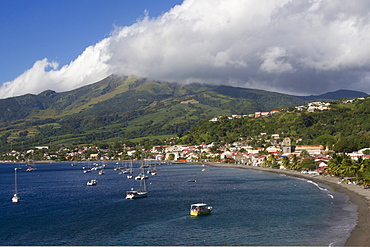 St. Pierre Bay, with Mont Pelee behind, scene of 1902 volcanic disaster, which killed 30,000 people, Martinique, Windward Islands, West Indies, Caribbean, Central America