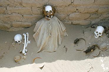 Inca cemetery near Nazca, Peru, South America
