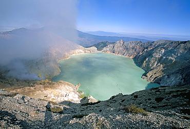 Smoke billowing out from volcano vent, Sulphur Lake, Kawah Ijen, Ijen Plateau, island of Java, Indonesia, Southeast Asia, Asia