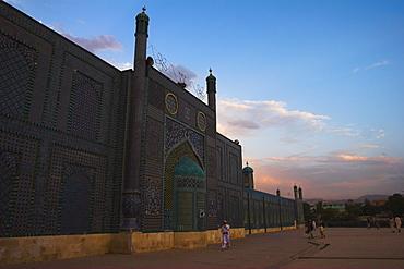 The Shrine of Hazrat Ali, who was assassinated in 661, Mazar-I-Sharif, Balkh province, Afghanistan, Asia