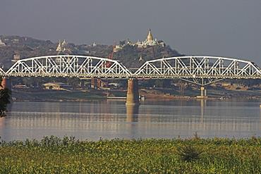 The 16 span Ava Bridge across the Ayeyarwaddy River engineered by the British in 1934, ancient city of Inwa (Ava), Mandalay, Myanmar (Burma), Asia