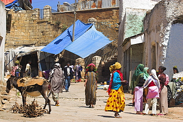 The main market known as Gidir Magala, previously known as the Muslim market, Old Town, Harar, Ethiopia, Africa