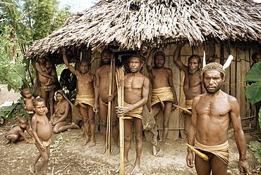 Yali people watch ceremony, Membegan, Irian Jaya, Indonesia, Southeast Asia, Asia