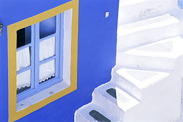 Detail of brightly painted house in Oia, Santorini (Thira), Cyclades, Greece, Europe