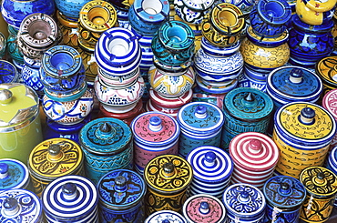 Ceramics for sale in the souk in the Medina, Marrakesh (Marrakech), Morocco, North Africa, Africa - 321-3255