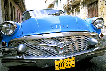 Buick, old American car, Havana, Cuba, West Indies, Central America