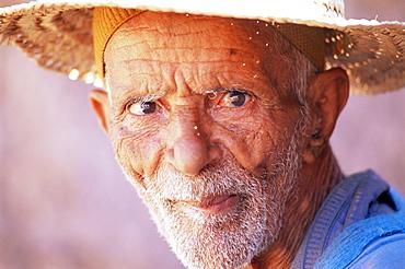 Portrait of an elderly man, Kasbah Ait Benhaddou, near Ouarzazate, Morocco, North Africa, Africa