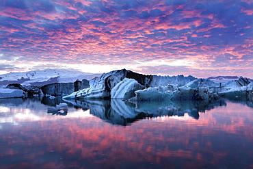 Amazing sunset over over Jokulsarlon Glacial Lagoon, South Iceland, Polar Regions