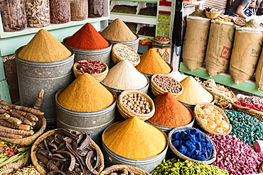 Display of spices and pot pourri in spice market (Rahba Kedima Square) in the souks of Marrakech, Morocco, North Africa, Africa