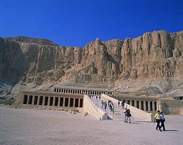 Queen Hatshepsut's Temple, Deir el Bahri, Thebes, UNESCO World Heritage Site, Egypt, North Africa, Africa - 350-2412