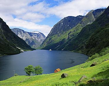 View over Naeroyfjorden, UNESCO World Heritage Site, Sognefjord, Norway, Scandinavia, Europe - 350-90