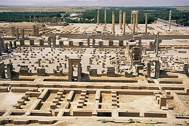 Palace of a Hundred Columns in foreground with the Apadana behind, Persepolis, UNESCO World Heritage Site, Iran, Middle East