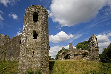 South East tower and eastern part of Llawhaden Castle, Pembrokeshire, Wales, United Kingdom, Europe - 365-3852