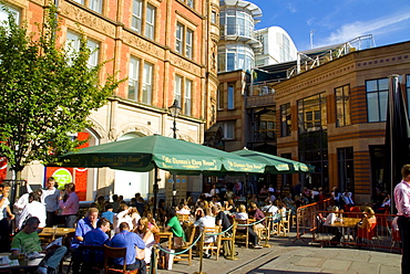 Al fresco cafe, Manchester, England, United Kingdom, Europe