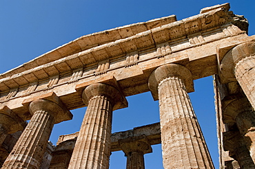 Temple of Hera (Basilica), ruins of Paestum, UNESCO World Heritage Site, Campania, Italy, Europe