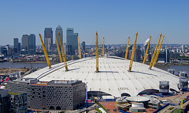 The O2 Arena in Greenwich with Canary Wharf behind, Docklands, London, England, United Kingdom, Europe