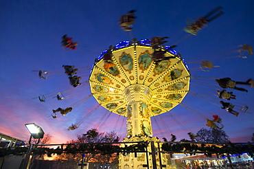 Wave Swinger, Winter Wonderland, Hyde Park, London, England, United Kingdom, Europe