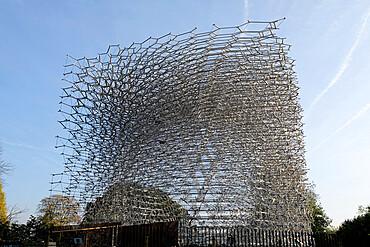 Kew Gardens beehive, Royal Botanic Gardens, UNESCO World Heritage Site, Kew, Greater London, England, United Kingdom, Europe