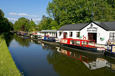 River Wey at Farncombe, Surrey, England, United Kingdom, Europe