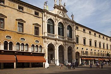 Piazza dei Signori, Vicenza, UNESCO World Heritage Site, Veneto, Italy, Europe