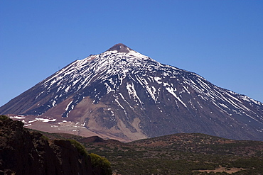 Mount Teide (Pico del Teide) from the east, Parque Nacional de Las Canadas del Teide (Teide National Park), Tenerife, Canary Islands, Spain, Europe