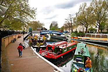 View along the Grand Union Canal, Little Venice, Maida Vale, London, England, United Kingdom, Europe