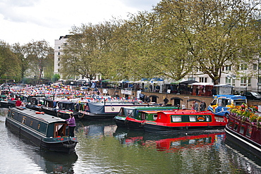 Houseboats on the Grand Union Canal, Little Venice, Maida Vale, London, England, United Kingdom, Europe