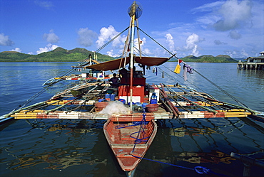 Fishing banca (outrigger boat), Coron, Basuanga Island, Palawan, Philippines, Southeast Asia, Asia