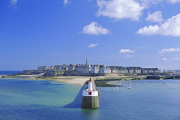 View from sea to the walled town (Intra Muros), St. Malo, Ille-et-Vilaine, Brittany, France, Europe
