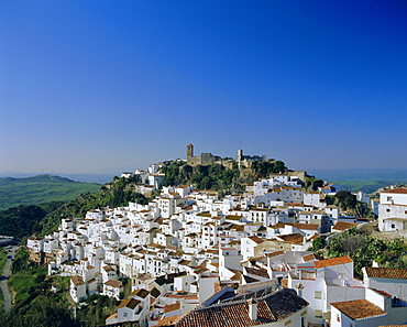 View of village from hillside, Casares, Malaga, Andalucia (Andalusia), Spain, Europe