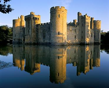 Bodiam castle reflected in moat, Bodiam, East Sussex, England, United Kingdom, Europe