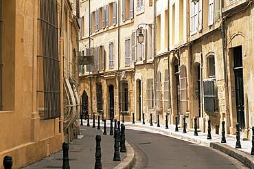 Rue des Epinaux, Aix-en-Provence, Bouches-du-Rhone, Provence, France, Europe