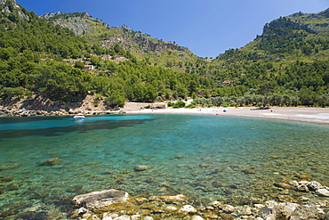 View across the turquoise waters of Cala Tuent near Sa Calobra, Mallorca, Balearic Islands, Spain, Mediterranean, Europe