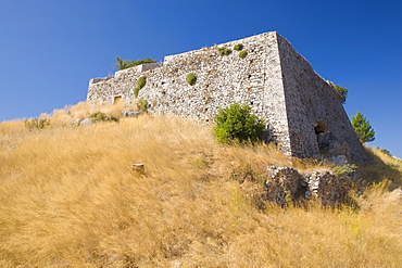 The ruined castle of Agios Georgios, Kastro, near Argostoli, Kefalonia (Kefallonia, Cephalonia), Ionian Islands, Greek Islands, Greece, Europe