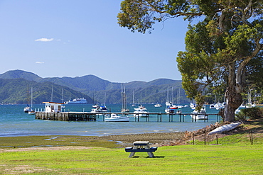 View across Waikawa Bay, an arm of Queen Charlotte Sound (Marlborough Sounds), Waikawa, near Picton, Marlborough, South Island, New Zealand, Pacific